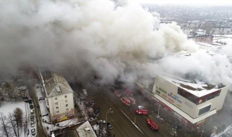 Pasca Kebakaran Mal yang Tewaskan 64 Orang, Gubernur Aman Tuleyev Putuskan Mundur