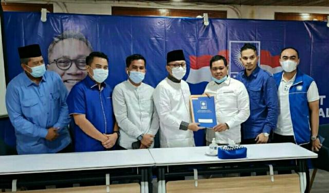 Ditunjuk Jadi Ketua DPD PAN Pelalawan, Faizal Terima SK Langsung dari Zulkifli Hasan