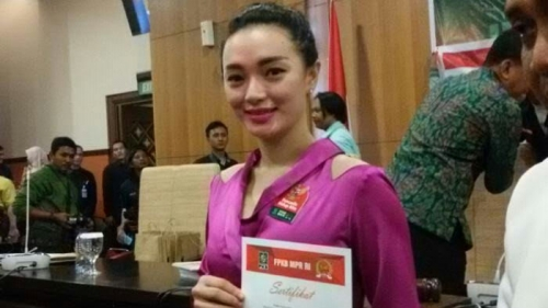 Keliru Lagi Tentang Pancasila, Zaskia Gotik Kembali Di-bully Netizen