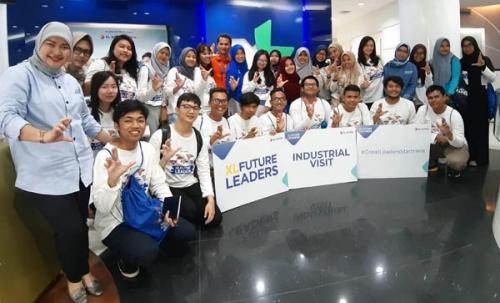 Industrial Visit XL Future Leaders, XL Axiata Ajak Mahasiswa Saksikan Sistem Pelayanan Pelanggan
