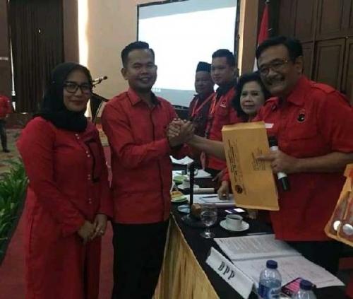 Hanafiah Dipercaya Pimpin DPC PDI Perjuangan Kampar
