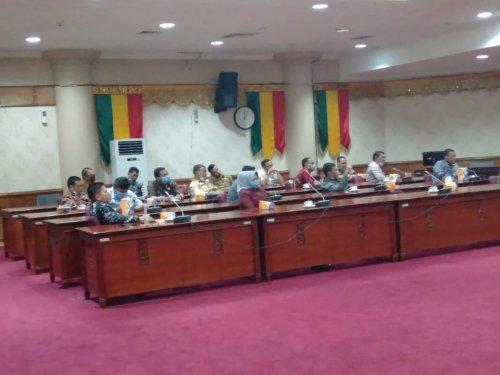 Banmus DPRD Kuansing Study Banding ke DPRD Riau Terkait Penyusunan Kegiatan DPRD