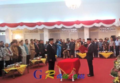 Pengambilan Sumpah Jabatan Sekda Riau, Ahmad Hijazi Grogi Saat Mengucapkan Kalimat Ini