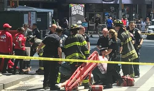 Peneror Tabrakkan Truk ke Para Pesepeda dan Bus Sekolah di WTC New York, 8 Tewas dan 12 Terluka