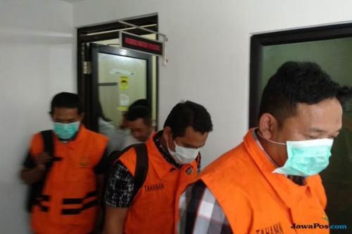 Kejati Riau Tahan Tiga Tersangka Dugaan Korupsi RTH, 9 Lagi Menunggu Giliran