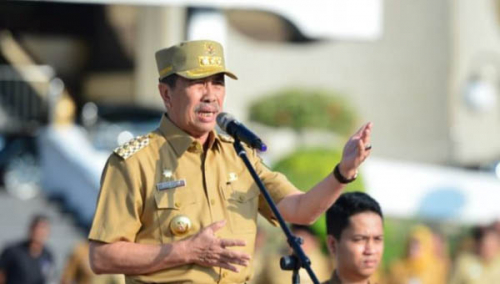 Gubernur Riau Maafkan dan Cabut Laporan Penghinaan oleh Suporter PSPS Riau Curva Nord
