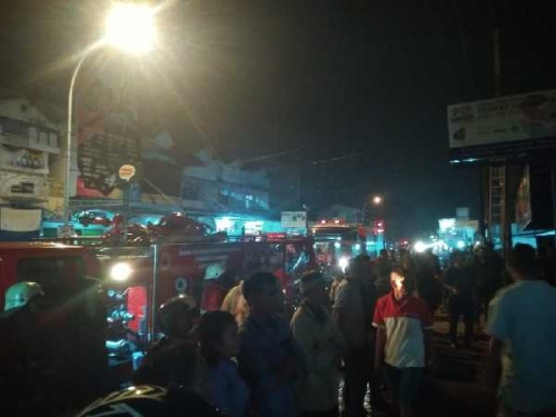 Kebakaran, Jalan Ahmad Dahlan Pekanbaru Macet Total