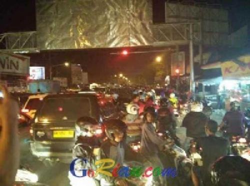 BMKG Cabut Peringatan Tsunami, Warga Masih Ketakutan dan Berusaha Mengungsi