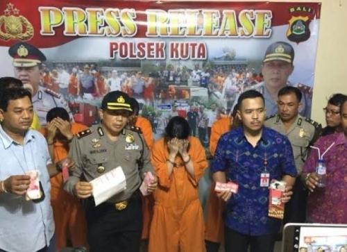 Pramugari Garuda Indonesia Ditangkap Polisi di Kosan Mewah