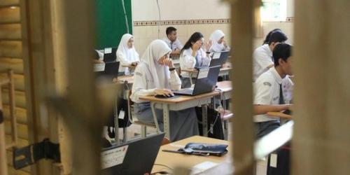 Siswa SMK Ikuti UN Mulai Hari Ini, Mendikbud: Junjung Tinggi Kejujuran, Jauhi Kecurangan