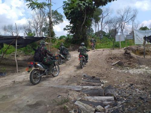 Babinsa Desa Lubuk Kembang Tingkatkan Patroli untuk Antisipasi Karhutla dan Corona