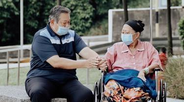 Ketahui Derita Kanker Darah, Ani Yudhoyono Tulis Surat Cinta buat SBY, Begini Isinya