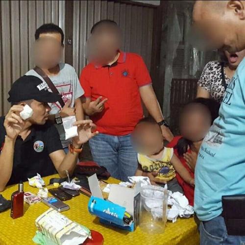 Modus Paket Lebaran, Polisi Pekanbaru Temukan Puluhan Gram Putau Dikirim Via Travel, 2 Orang Kurir Wanita Ditangkap