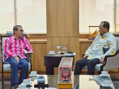 Audiensi dengan Menteri Perhubungan, Ada Empat Hal yang Dibicarakan Gubernur Riau