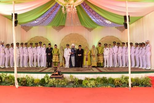 Hadiri Resepsi Pernikahan Putra Sekda, Ini Petuah Bupati Bengkalis kepada Addurrunnafis dan Fitri