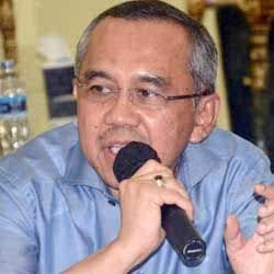 Lepas JCH Pekanbaru-Kuansing, Wagubri Minta Jaga Nama Baik Riau
