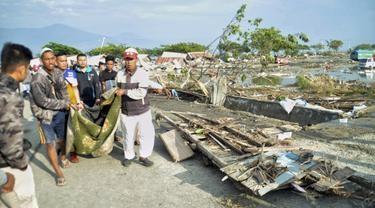 Belasan Murid TK yang Hendak Menari Lenyap Disapu Tsunami