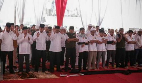 Mendadak Putuskan Shalat Jumat di Monas, Ini Pertimbangan Jokowi