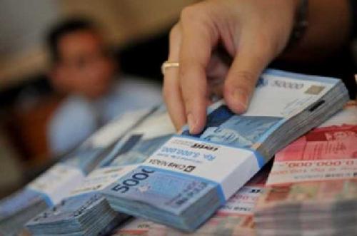 Mantan Pimpinan Bank Riau Kepri Capem Sorek Dilaporkan ke Polda Riau