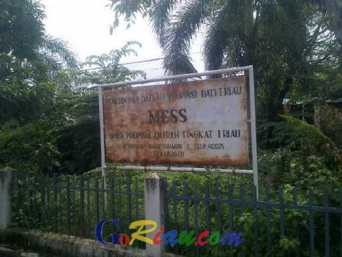 Mubazir, Bangunan Mess DPRD Riau Ini Jadi Sarang Hantu