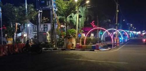 DLH Perindah Kota Bagansiapiapi, Begini Penampakannya di Malam Hari