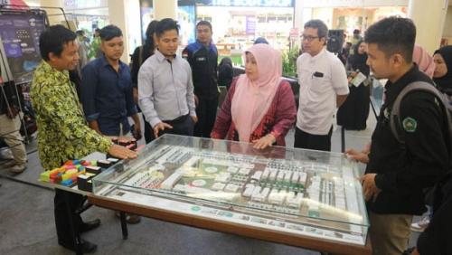 Unilak Tampilkan 20 Karya dengan Tema Arsitektur Hijau di Mall Ciputra Pekanbaru