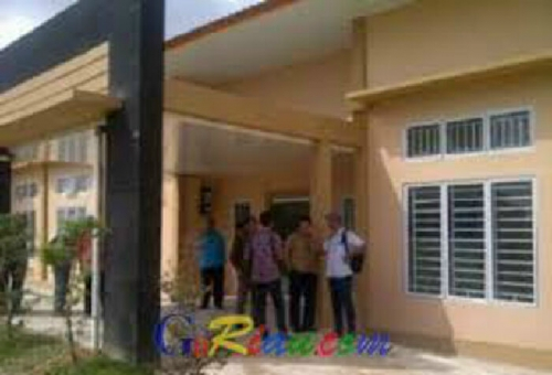 Pembangunan Dua Gedung Puskesmas di Pelalawan Mengecewakan, Dewan Tuding Pengawas dan PPK Lemah