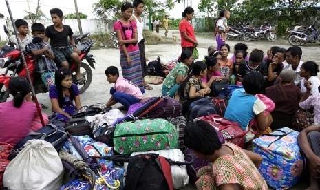 60 Ribu Muslim Rohingya Menyeberang ke Bangladesh, Terjebak di Daerah Tak Bertuan Tanpa Persediaan Makanan
