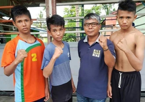 Tiga Atlet Tinju Kepulauan Meranti Raih Medali di Kejurnas