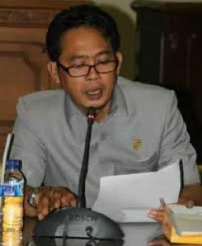 Selain di Bidang Keagamaan, Dewan Inhil Juga Berharap Pemkab Raih Rekor di Sektor Perkelapaan