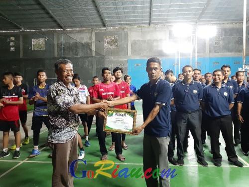 PBSI Riau Salut dengan PBSI Kuansing, Bisa Laksanakan Kejurkab dan Penataran Wasit