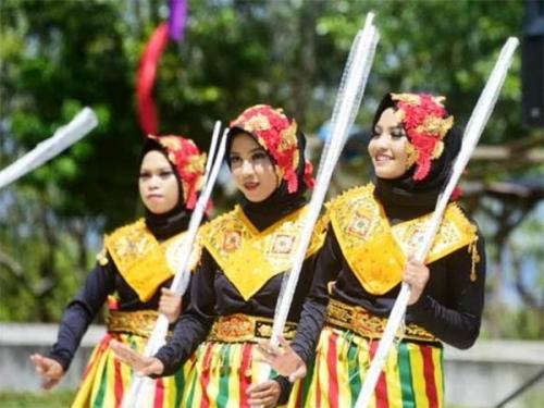 Berbagai Kesenian Meriahkan Kenduri Melayu 2018