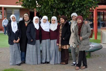 Beratnya Perjuangan Muslimah Menjaga Iman di Negeri Kanguru