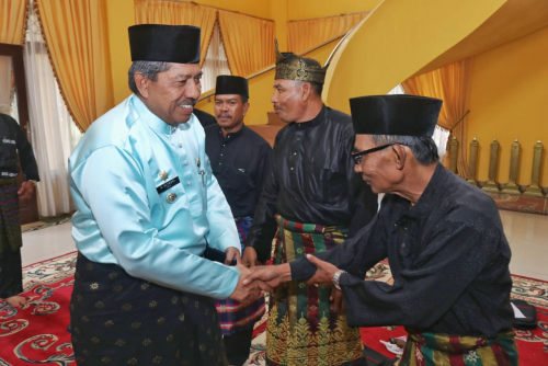 Alfedri Punya Mimpi Bangun Perpustakaan dan Museum Melayu Siak