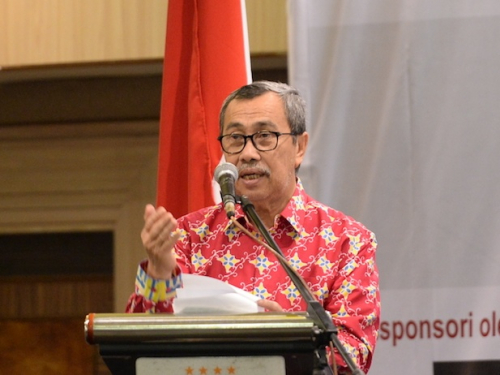 Oknum Guru Pulangkan Pelajar dari Sekolah karena Belum Bayar SPP dan Seragam di Siak, Gubri Syamsuar: Itu Tak Boleh Terjadi