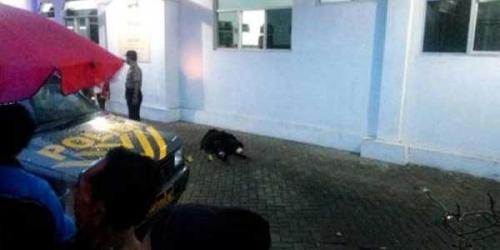 Jamaah Temukan Jenazah Wanita Bercadar di Masjid Jelang Magrib, di Tubuhnya Ada Kertas Berisi Pesan