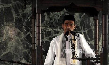 Ustaz Abdul Somad: Ternyata yang Benci Ulama Itu Orang Gila