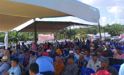 Tim HT Mantap Kerumutan Dikukuhkan, Jaya: Jika Ingin Berubah, Dukung HT Jadi Bupati Pelalawan
