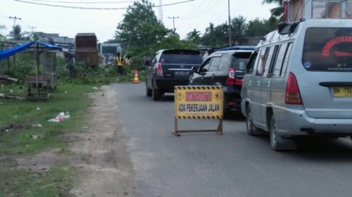 Agar Jalan Tak Cepat Hancur, Sekdakab Inhil Minta OPD Terkait Lakukan Pengawasan