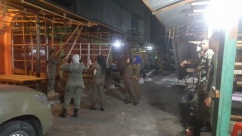 Penertiban PKL Oleh Satpol PP Kepulauan Meranti Berlanjut Hingga Malam Hari