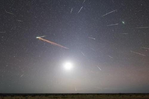 Jangan Lupa Saksikan, Nanti Malam Hujan Meteor Eta Aquarids Hiasi Langit