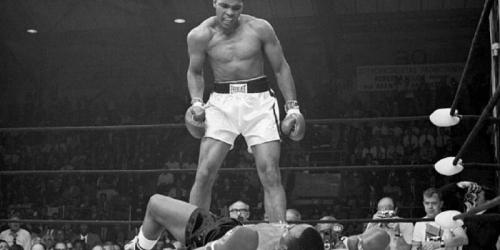 Muhammad Ali, Mualaf yang Gigih Membela Islam Hingga Akhir Hayatnya