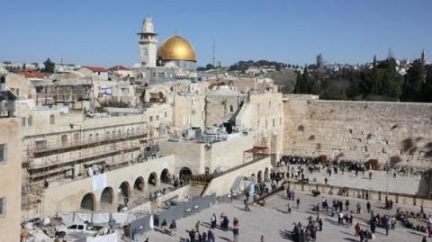 Masuki Masjid Al-Aqsa, Ratusan Yahudi Ekstremis dan Tentara Israel Bentrok dengan Muslim Palestina