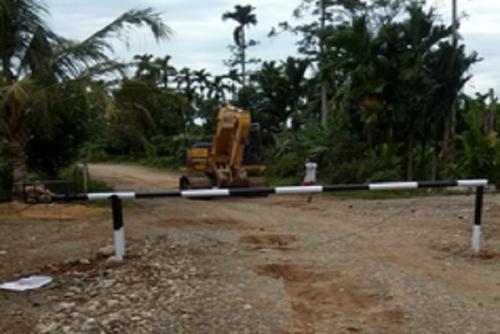 Jalan Dipalang Warga, Proyek Tol Padang-Sicincin Terhenti