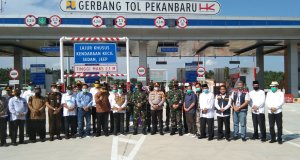 Sebelum Diresmikan Jokowi, Pangdam Bukit Barisan dan Gubernur Riau Tinjau Pembangunan Tol Pekanbaru-Dumai