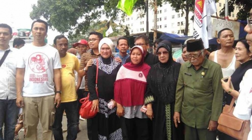 Disantuni Perantau Minang, Pengibar Bendera Merah Putih Saat Proklamasi Kemerdekaan Rindu Kampung
