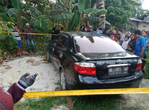 Baru Saja, Warga Rumbai Pesisir Dihebohkan dengan Penemuan Mayat Laki-laki di Dalam Mobil Vios Hitam