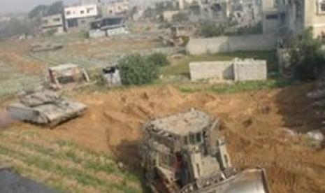 Pasukan Israel Dobrak dan Hancurkan Rumah Warga Palestina di Tepi Barat