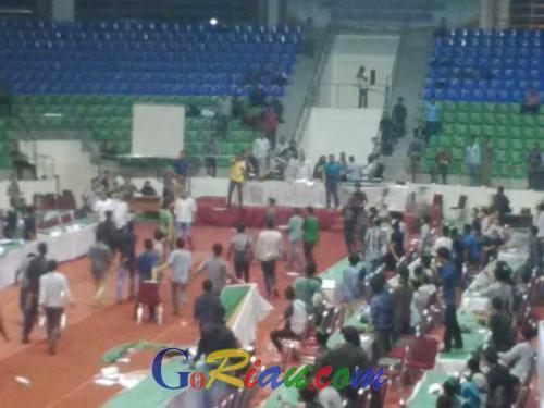 Kongres HMI Berubah Jadi Arena Tawuran Massal, Gelanggang Remaja Mencekam