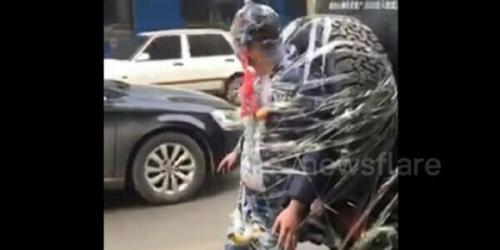 Heboh, Calon Pengantin Diikatkan di Belakang Mobil dan Diarak Keliling Kota, Ternyata Ini Penyebabnya